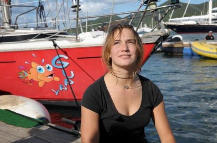 "Laura Dekker i jej jacht ""Guppy"""
